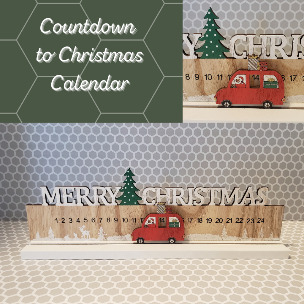 wooden sign with Merry Christmas, a Christmas Tree, numbers 1 to 24 and a red car with Santa and Gifts that move along the numbers