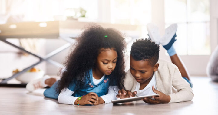 What Does Science Say About Screen Time and Childhood Myopia?