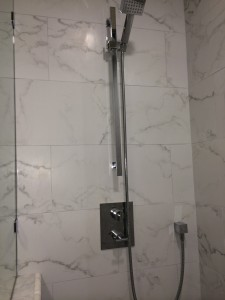 The Handshower is on a bar