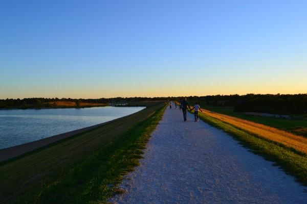 dam walk