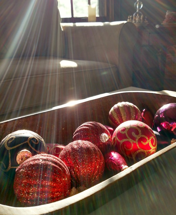 light on ornaments2