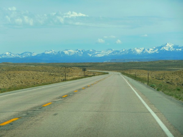 road to mountains2