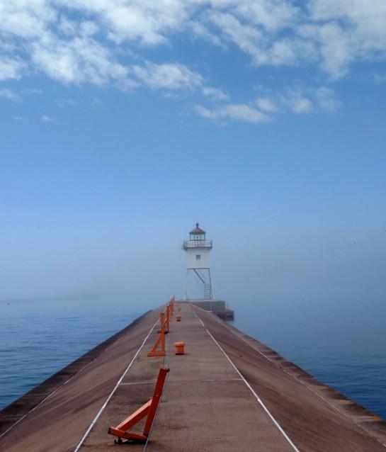 Grand marais lighthouse 3