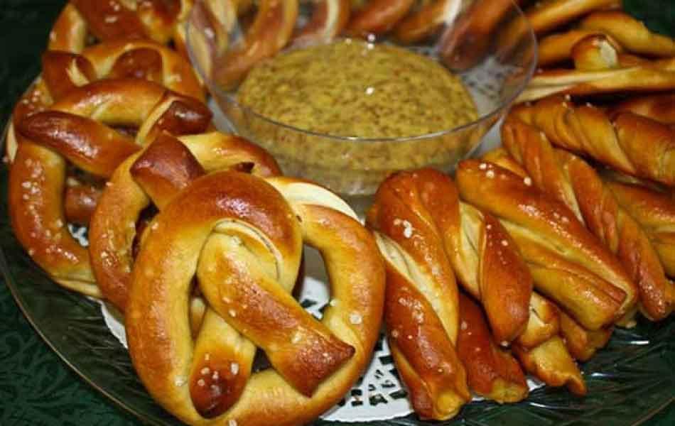 Fresh Pretzel with Bavarian Mustard