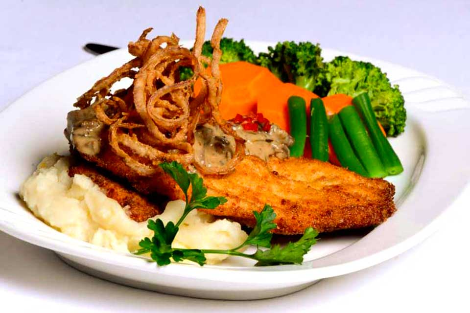 Fried-Chicken-Schnitzel-with-Hunter-Sauce-with-Mashed-Potatoes-Vegetables
