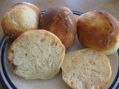 German-style Bread Rolls for a Perfect Dish