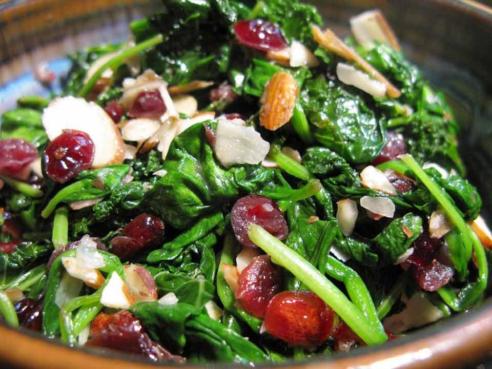 Rudi Lechners Hot Spinach Salad Receipe
