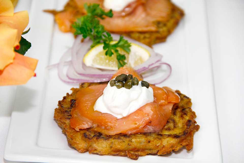 Smoked-Salmon-on-Potato-Pancakes-960