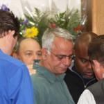 family praise and worship - prayer templeton - group praying