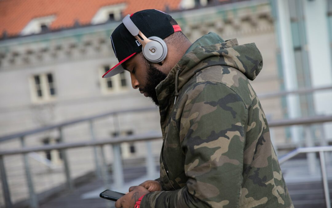 HHW Tech Review: Apple Beats Continues To Head In The Right Direction With The Beats Solo Pro