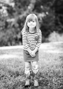 Ellie's 2014 DKH black n white school pic