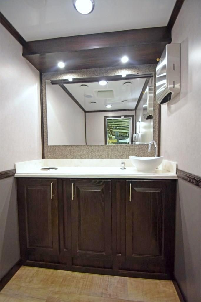 specialty trailers vanity