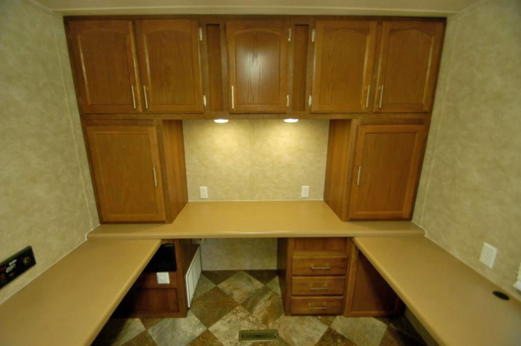 cashier trailer photos with standard wall of cabinets