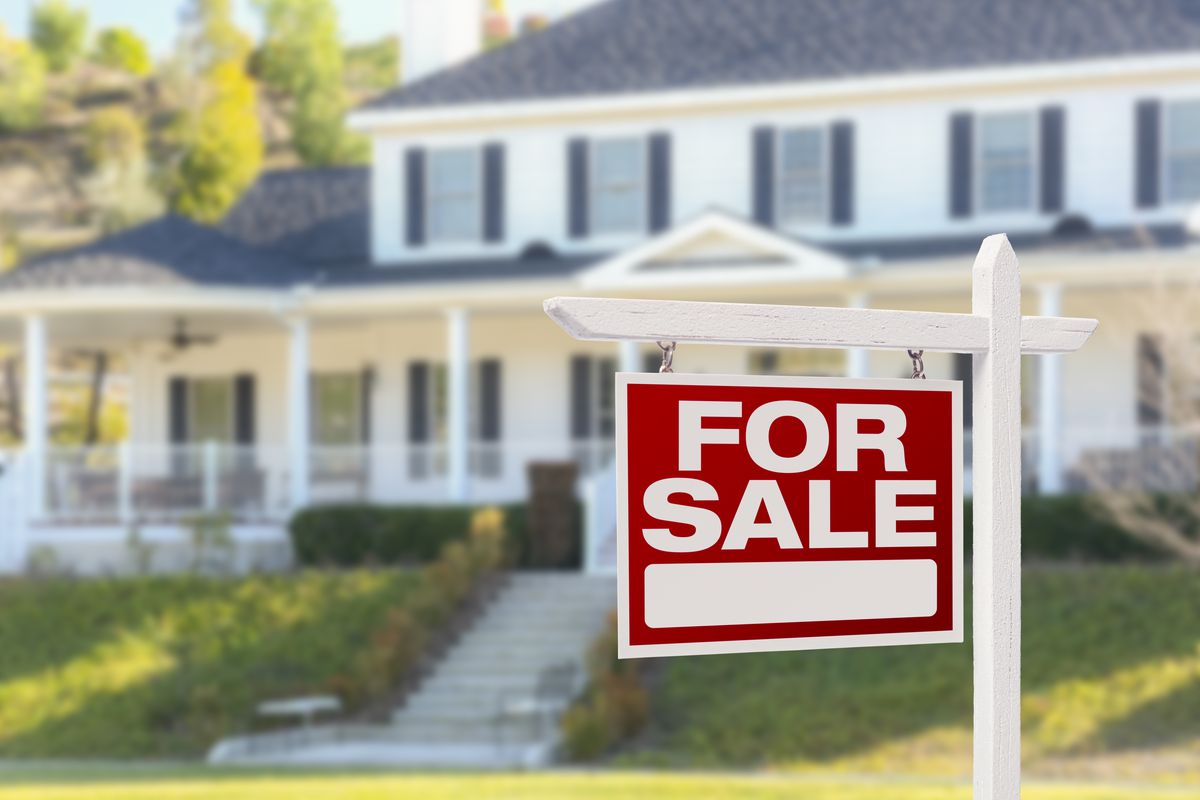9 biggest mistakes people make when trying to sell their house – according to real estate agents