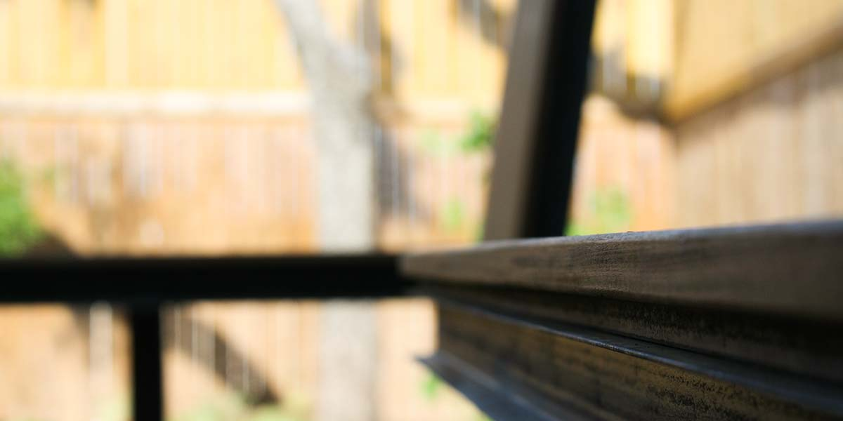 cantilevered-bench-7
