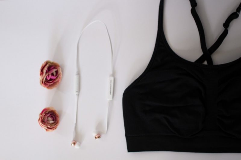 Lifestyle blogger Ashley Deatherage of Never Without Lipstick shares her 5 tips for kickstarting your fitness and diet plan   fitness planning, workout planing, activewear, workout outfit chic, cute workout outfit, athleisure outfit, diet planning, fitness plan for women, fitness plan for beginners, weekly diet plan, weekly fitness plan
