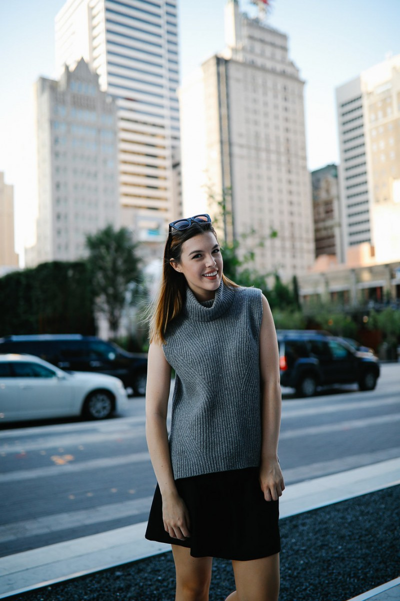 Style blogger Ashley Deatherage shares her first outfit in a series of fall workwear outfits   Never Without Lipstick   office workwear, corporate workwear, casual workwear, desk to drinks outfit, desk to dinner outfit, fall outfit idea, fall workwear outfit, fall workwear, work wardrobe, turtleneck outfit, sleeveless turtleneck