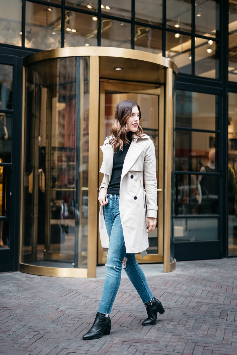 Style blogger Ashley of Never Without Lipstick styles a trench coat and shares 4 winter coats every girl needs in her closet | womens winter coat, wool winter coat, trench coat, long winter coat, winter outfit, winter coat outfit, trench coat outfit, winter coats women 2017