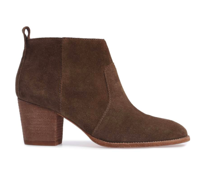 Style blogger Ashley of Never Without Lipstick shares her favorite pairs of boots | over the knee boots, boots fall, boots outfit, sam edelman boots, marc fisher booties, boots fall 2017, booties 2017 outfits, casual outfits, fall outfits | Cute Boots and Booties featured by top US fashion blog, Never Without Lipstick: image of Madewell suede ankle booties