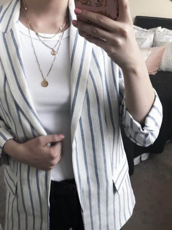 dainty gold jewelry, real affordable jewelry, ring stacking, gold pinky ring, thin gold rings, gold jewelry, jewelry layering, stacked rings | Dainty Gold Jewelry found on Amazon roundup, featured by top US fashion blog, Never Without Lipstick: image of gold layering necklaces
