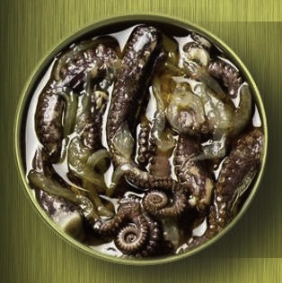 Galician Octopus Tentacles (Tentáculos de Pulpo a la Gallega)