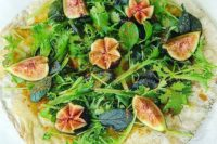 fig and apricot breakfast pizza
