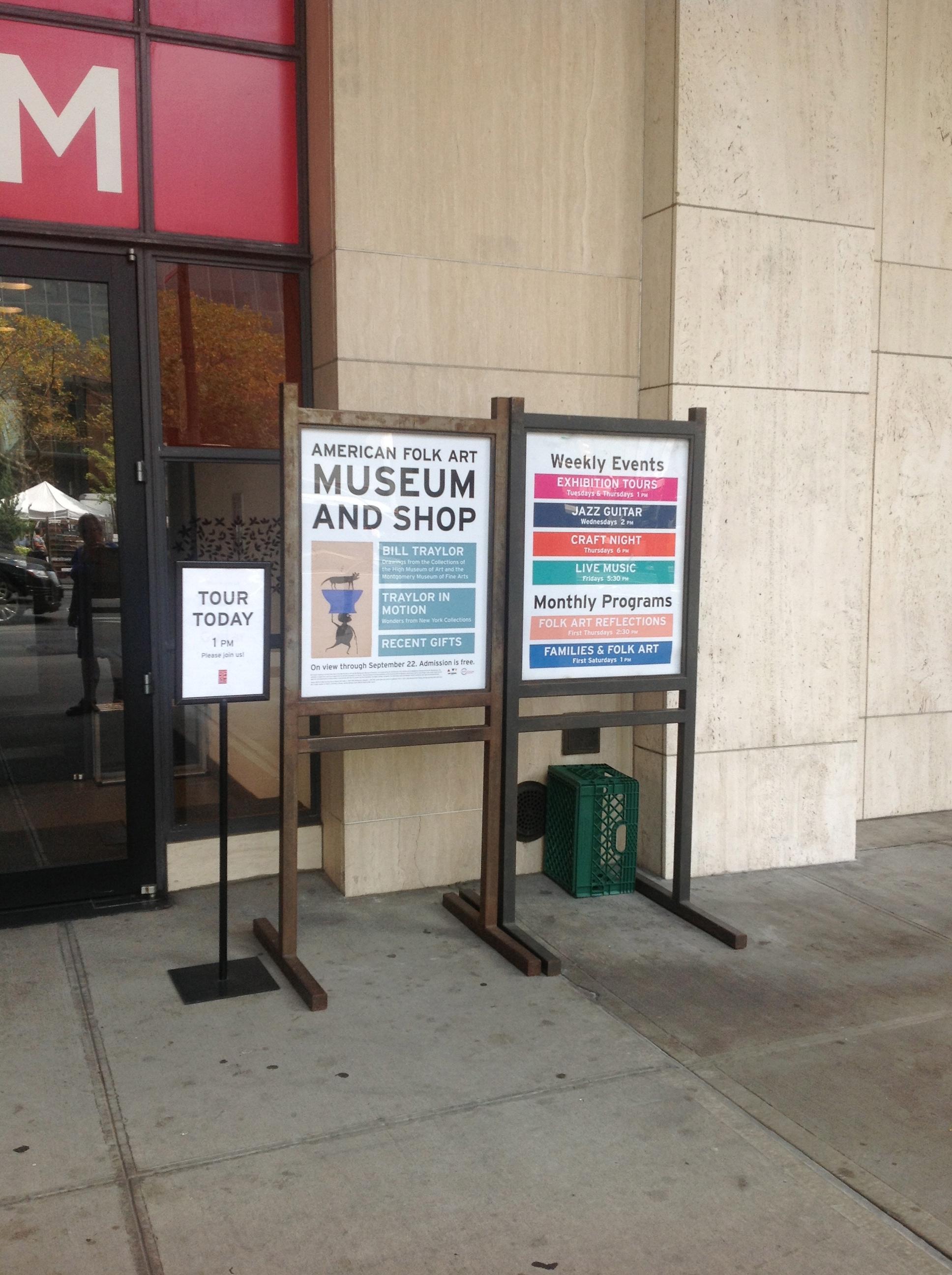 American Folk Art Museum indgang på Columbus Ave. og 66. gade