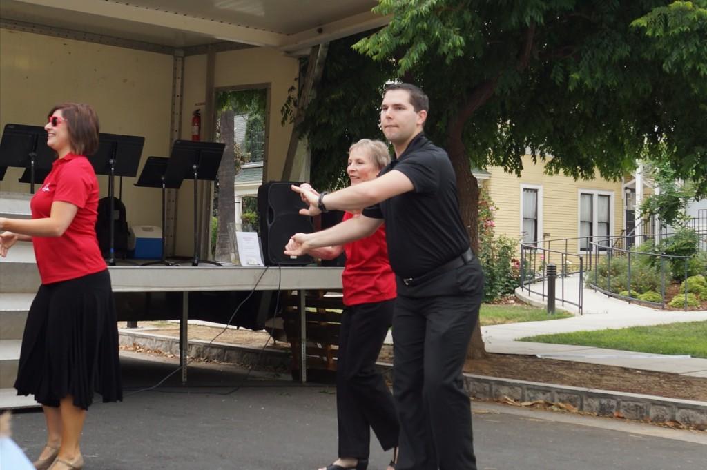 Redlands Festival of Arts Volunteers Have More Fun
