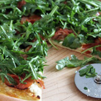 Fig Jam Goat Cheese and Prosciutto Pizza
