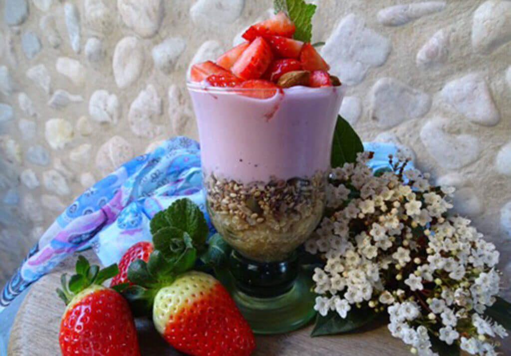 Breakfast Quinoa Parfait