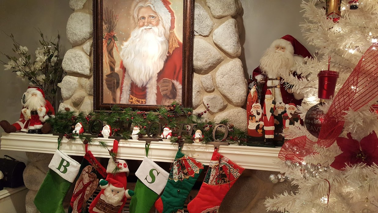 my-thrifty-house-christmas-house-tour-santa-mantle