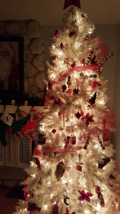my-thrifty-house-christmas-house-tour-white-tree