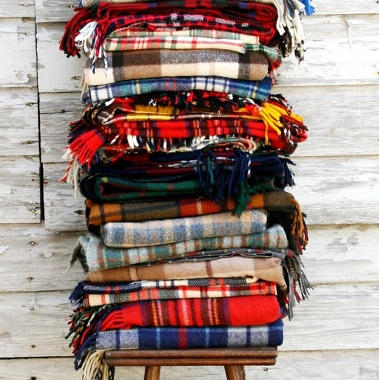 Inexpensive Fall Decor - Etsy - Wool Plaid Bankets