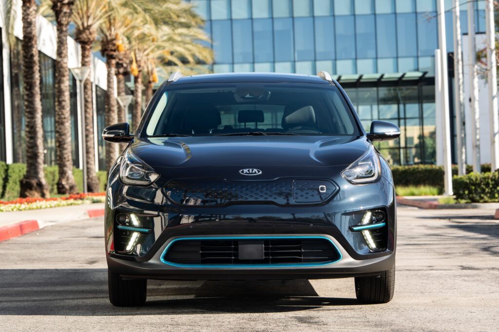 2020 KIA Niro EV EX Premium – The Game Changer That isn't a Tesla via Carsfera.com