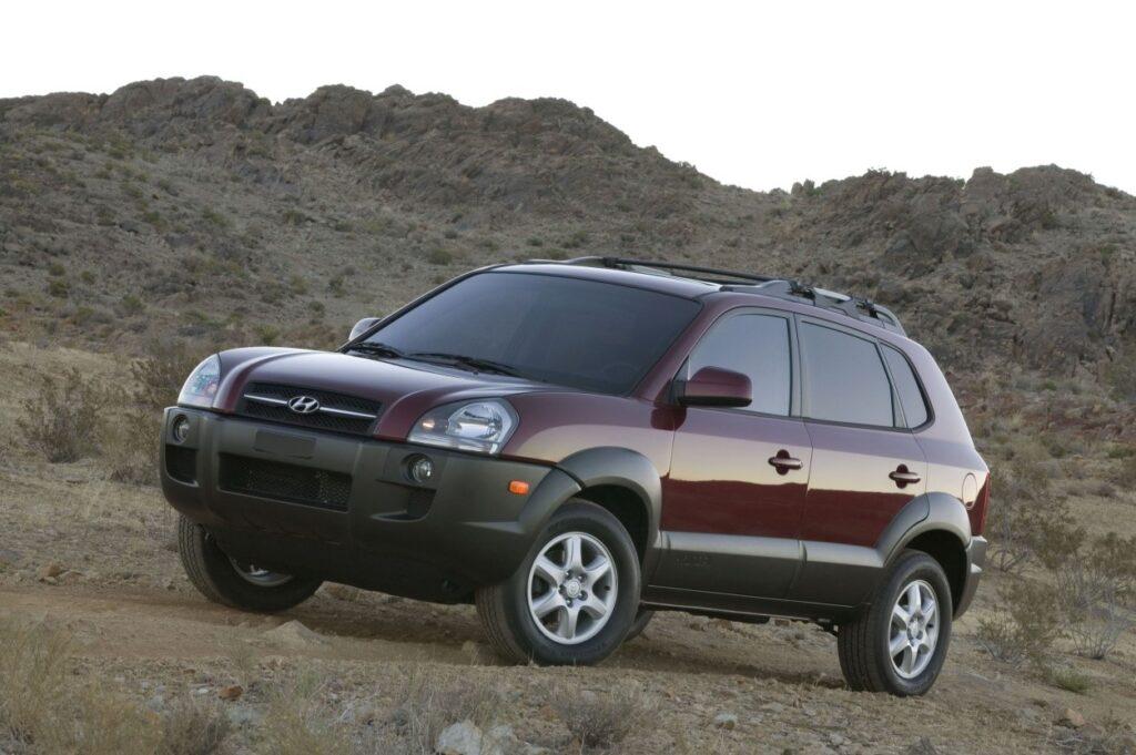 HYUNDAI'S ICONIC TUCSON SUV SURPASSES ONE MILLION SALES IN THE U.S. via Carsfera.com