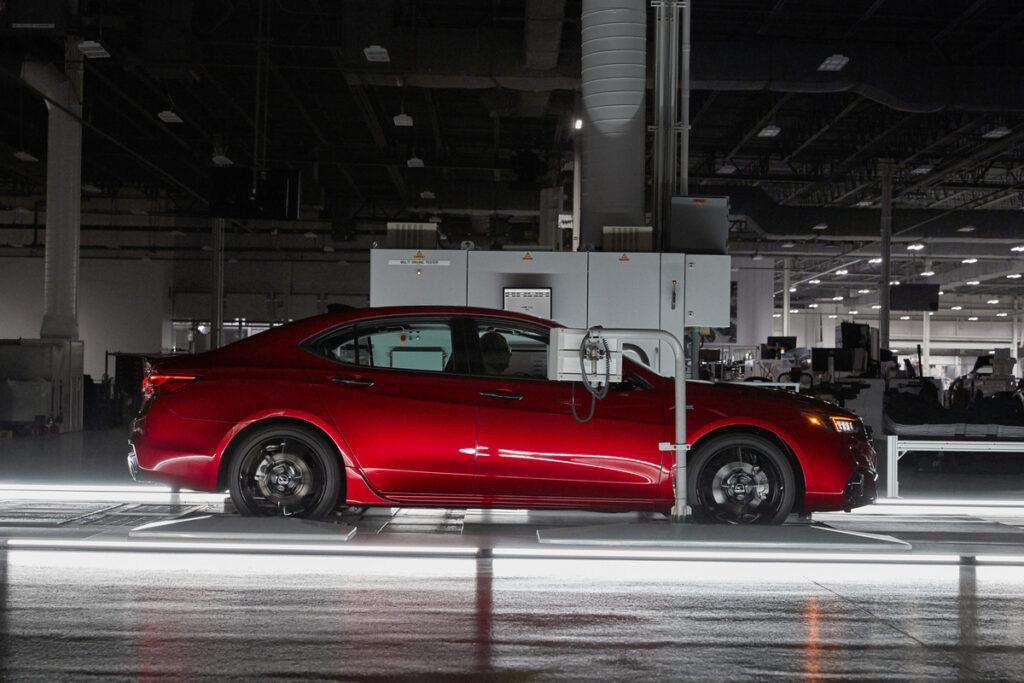 Acura TLX PMC 2020, un modelo especial con todas las opciones disponibles via Carsfera.com
