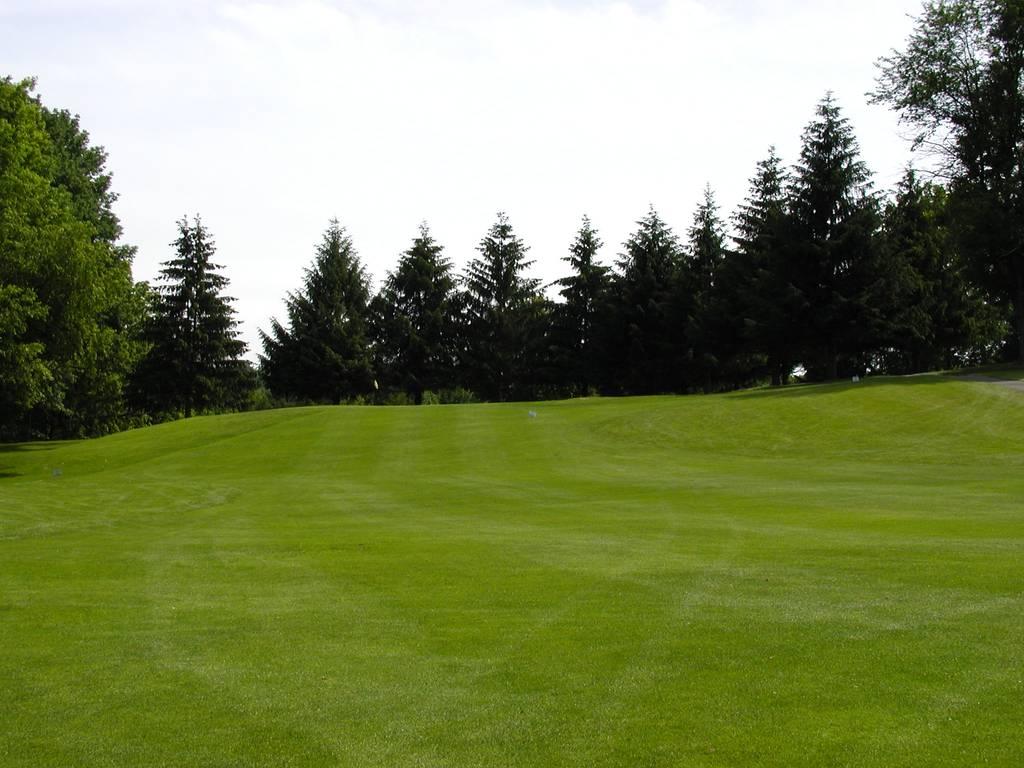 Tioga Golf Club Hole 2