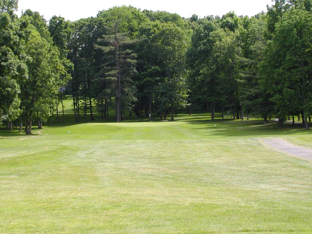 Tioga Golf Club Hole 3