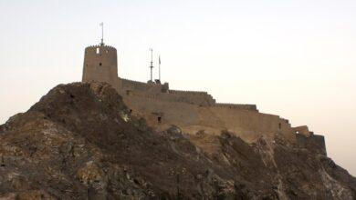 Photo of تفاصيل من قلعة مطرح التي تخطف أبصار المارة برونقها