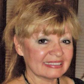 Lynette Corsten