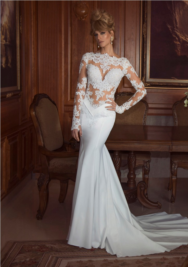 Backless Lace Wedding Dresses With Sleeves
