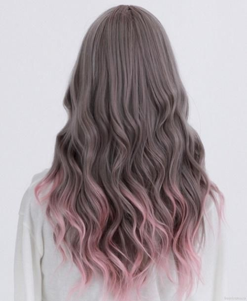 Pretty-Long-Hairstyle-Ombre-Hair-Colour-2015