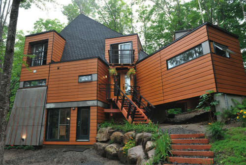 Using seven recycled shipping containers