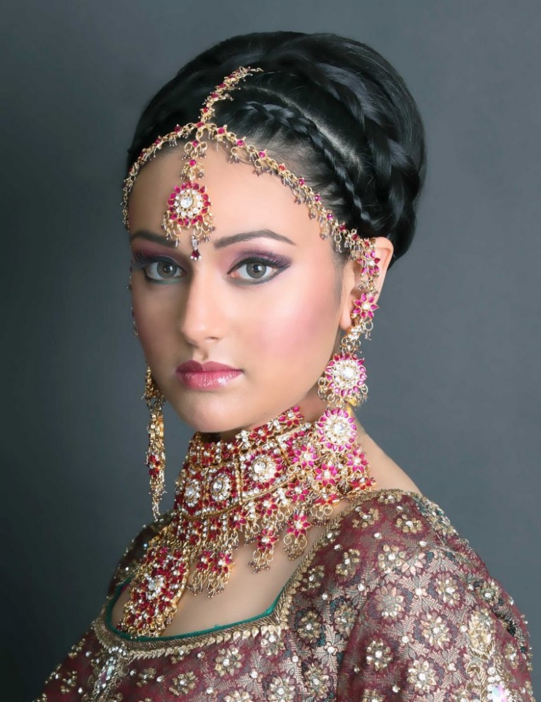 amazing-2015-Bridal-Face-Make-Up-collection