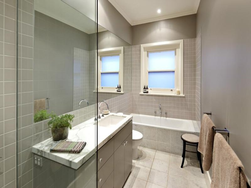 bathrooms modern