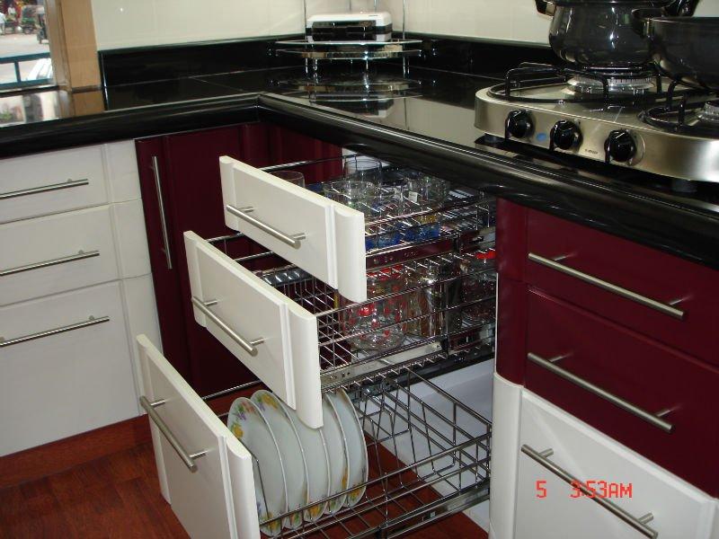 creative-glass-equipment-kitchen-cabinet-accessories