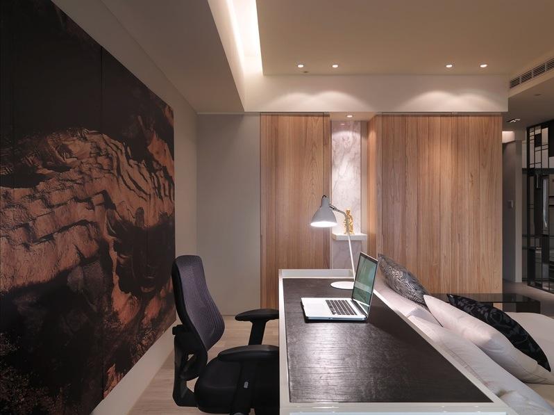 3-Modern-desk