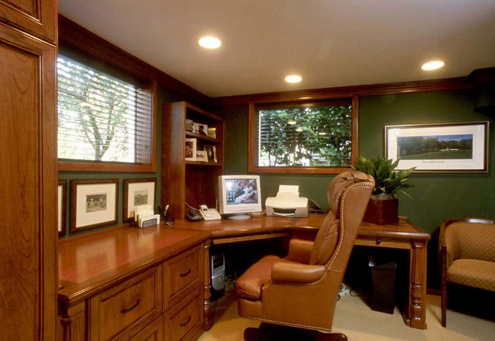 Classi-Wood-Table-and-Cabinets-in-Simple-Home-Office