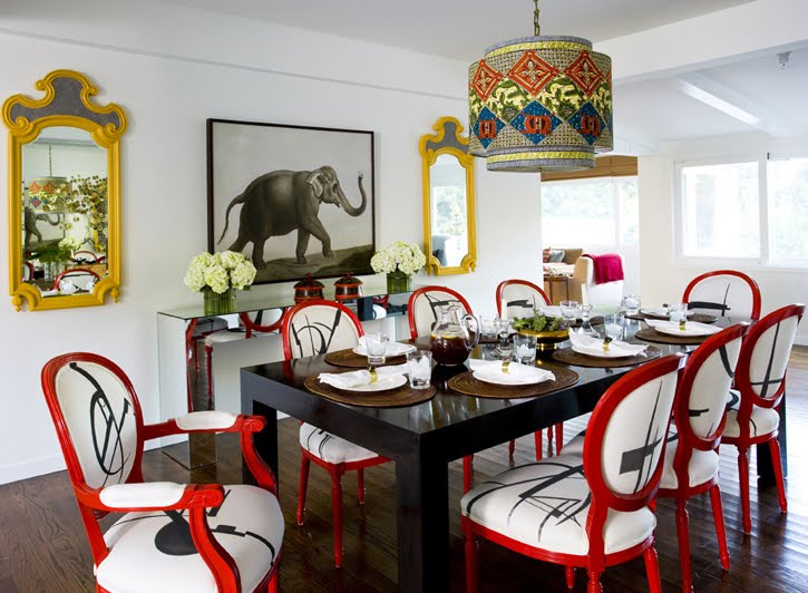 Daring Eclectic Dining Room