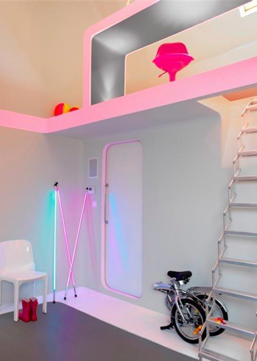Interior-Design-in-Colorful-Neon